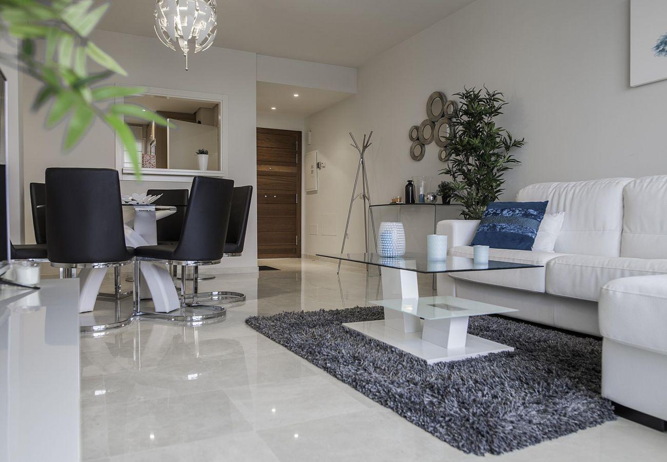 Apartamento en Estepona - Alcazaba Lagoon 2168