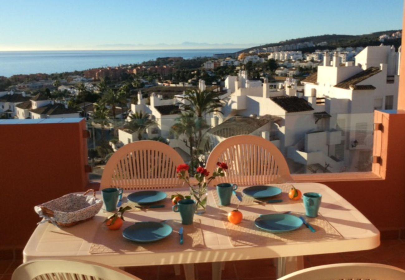 Zapholiday - 2208 - apartamento de vacaciones la Duquesa - vista al mar
