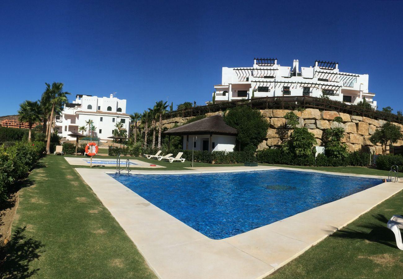 Zapholiday - 2215 - alquiler de apartamentos Casares - piscina