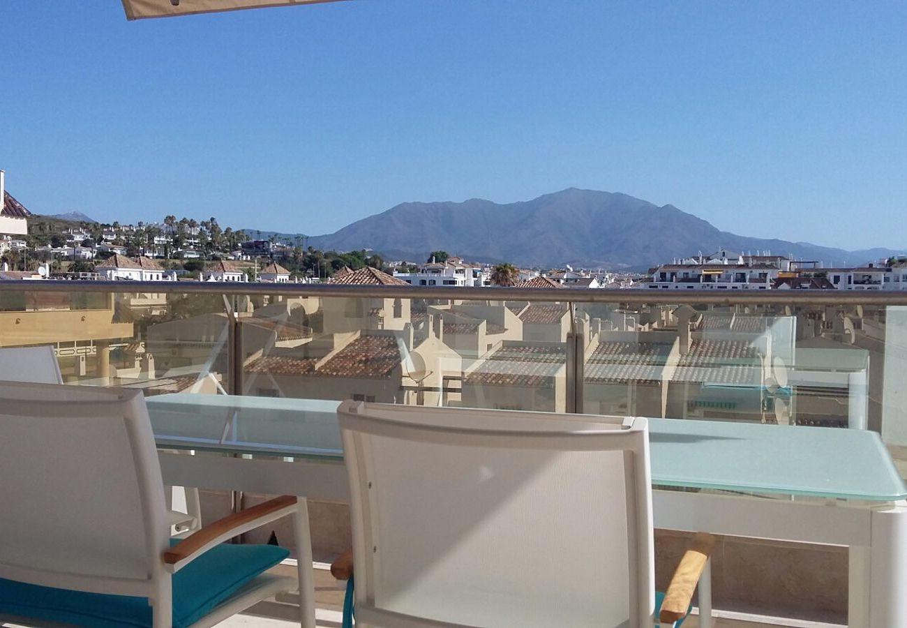 Zapholiday - 2218 - apartamento de vacaciones la Duquesa - vista a la montaña