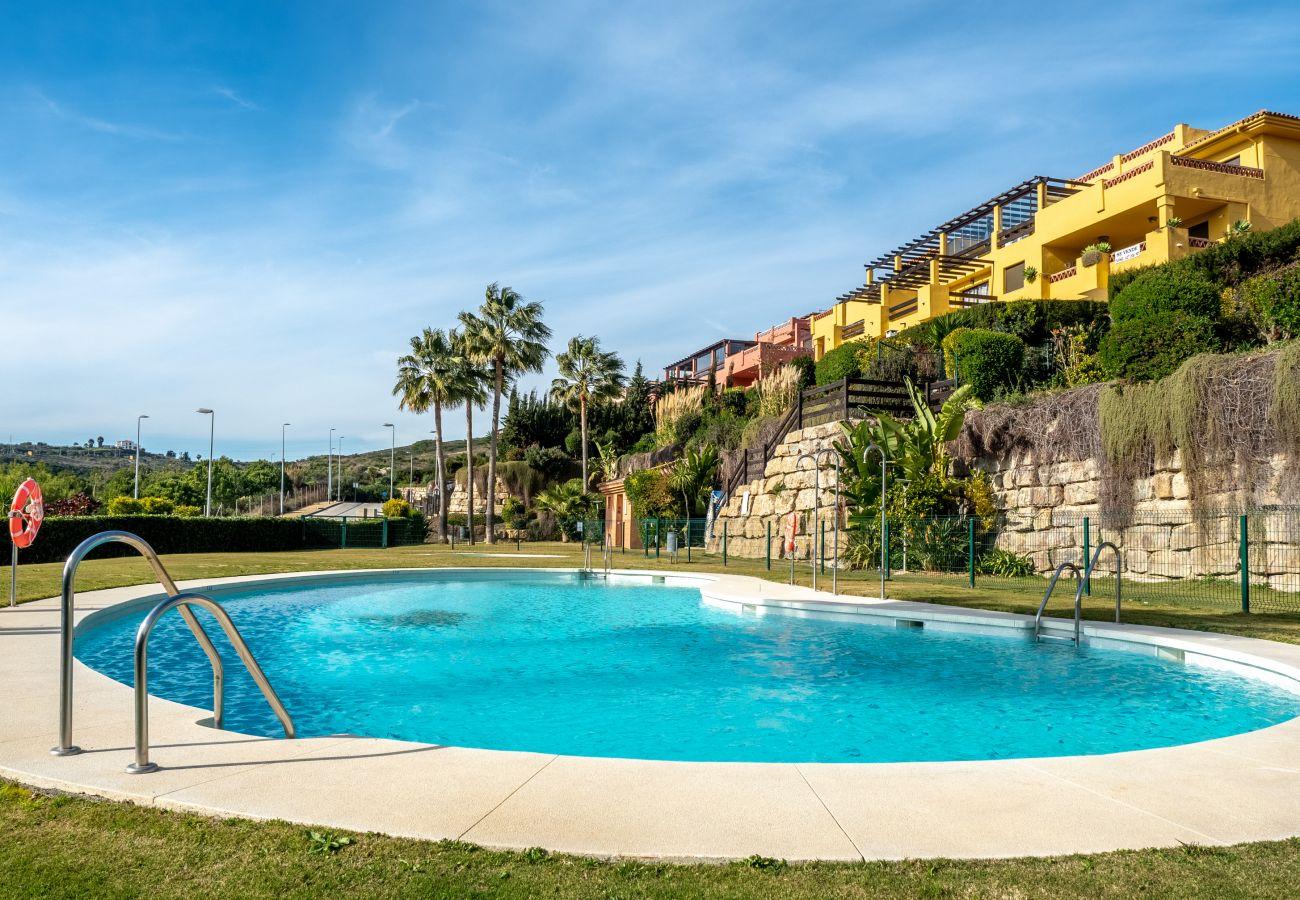 Zapholiday - 2225 - Alquiler de vacaciones apartamento Casares - piscina
