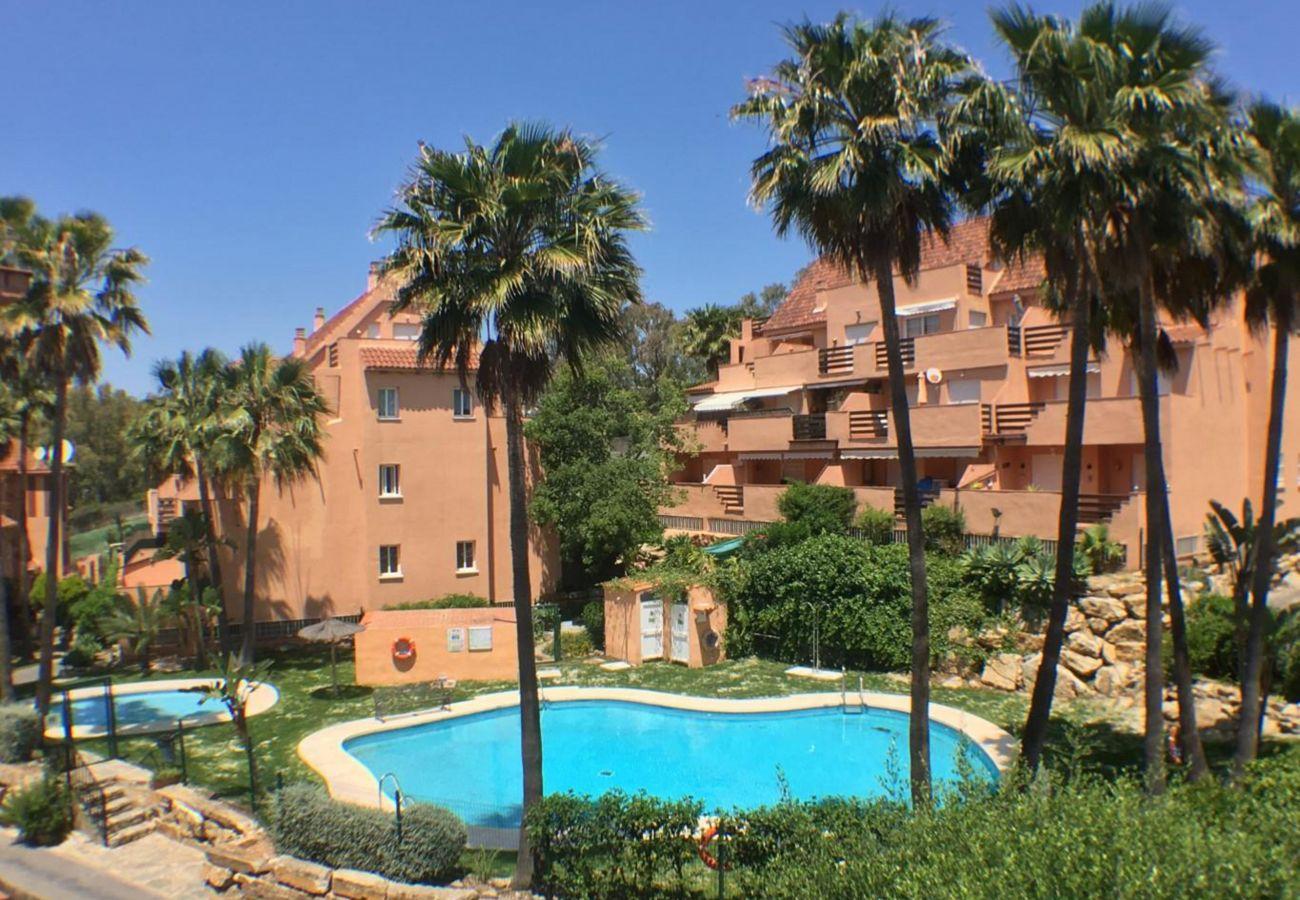 Zapholiday - 2236 - Alquiler de vacaciones apartamento Casares - piscina
