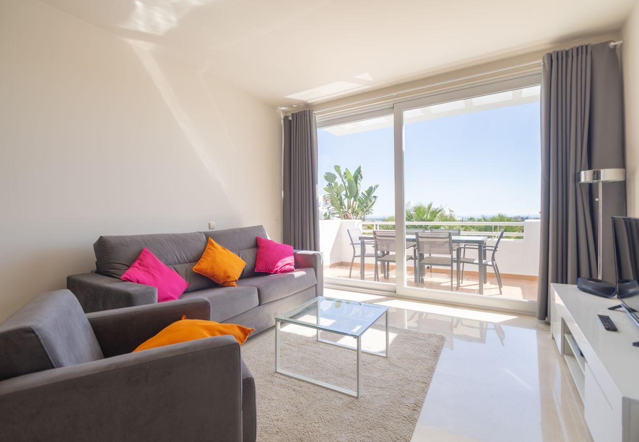 Zapholiday - 2237 - Estepona apartamento de vacaciones - sala de estar