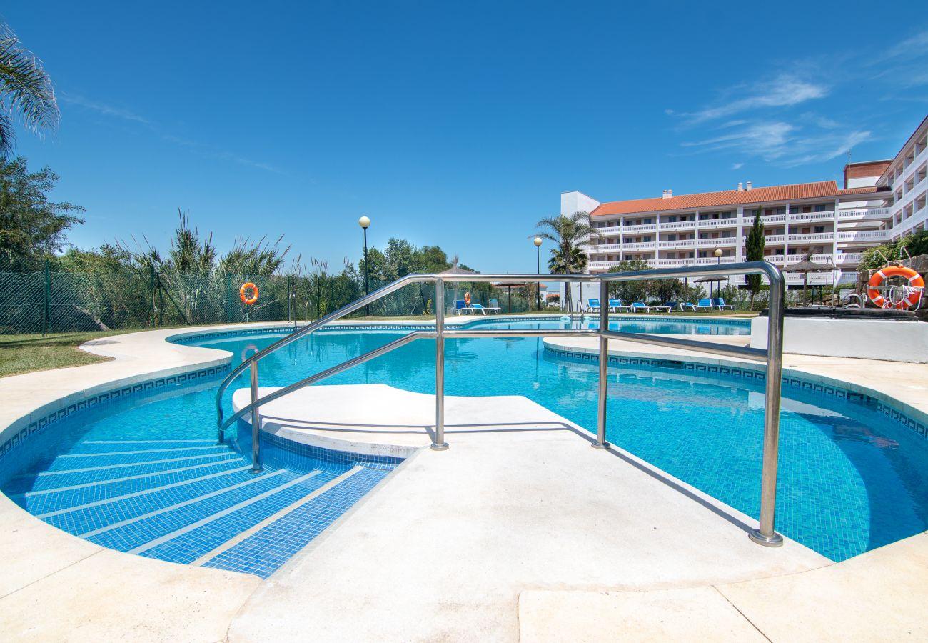 Zapholiday - 2243 - Alquiler de vacaciones apartamento - Manilva - piscina