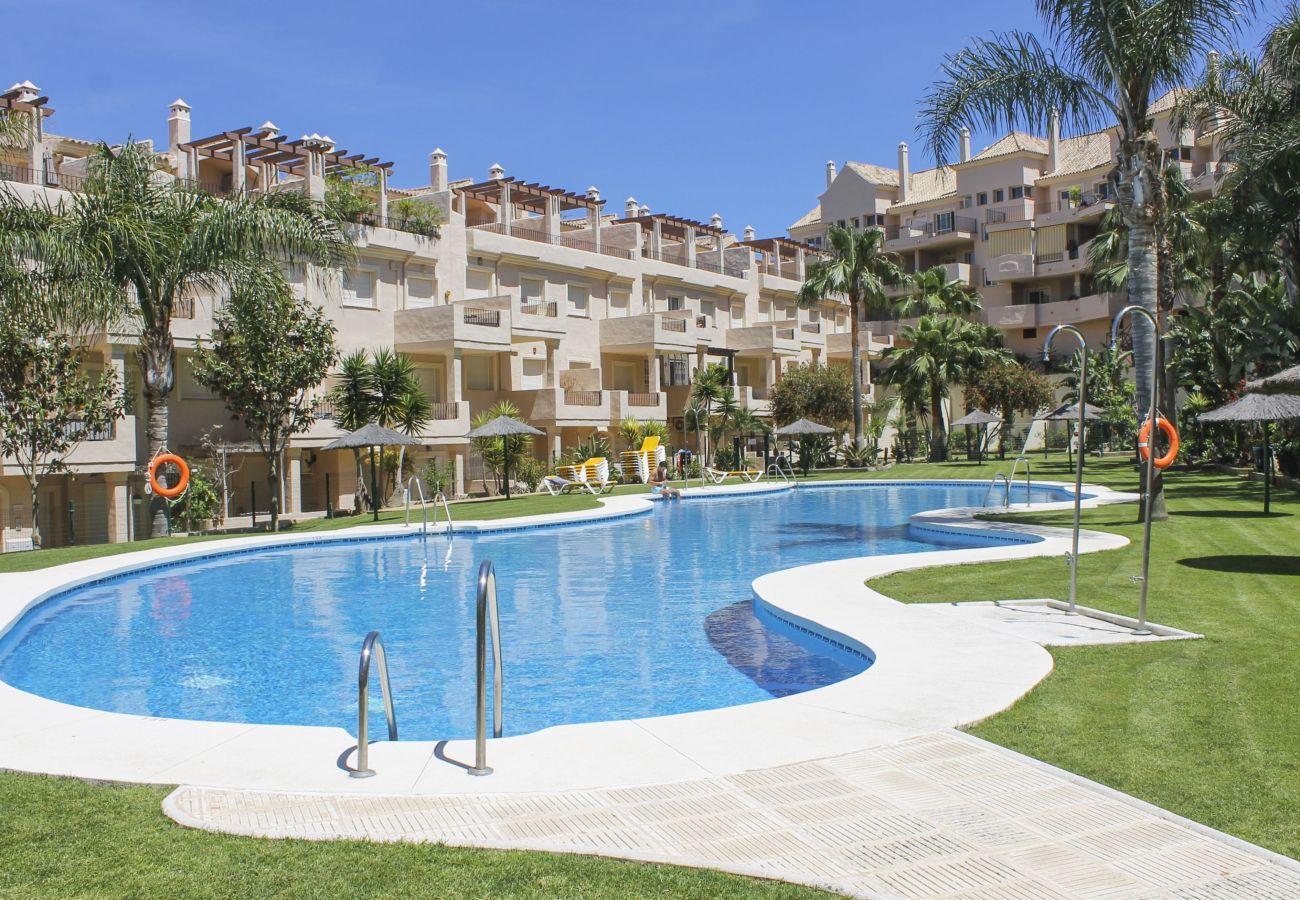 Zapholiday - 2247 - Alquiler de vacaciones apartamento - Manilva - piscina