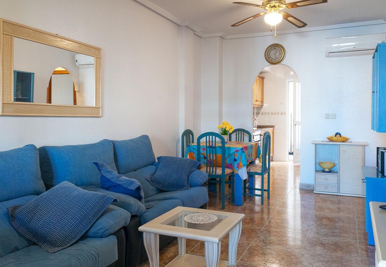 Zapholiday - 3001 - Alquiler de vacaciones apartamento Orihuela Costa - salón