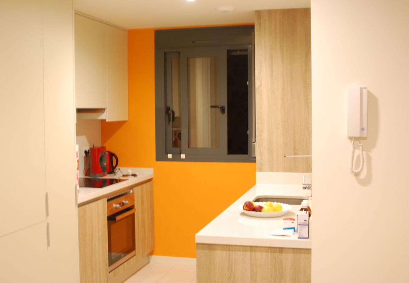 Zapholiday  -  3011  -  apartamento Orihuela Costa, Costa Blanca  –  cocina