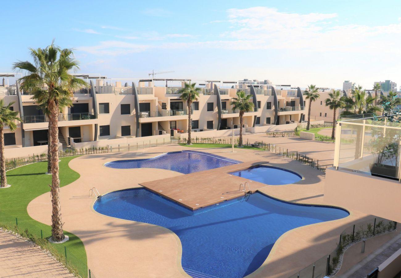 Zapholiday - 3022 - Appartamento Mil Palmeras, Costa Blanca - piscina