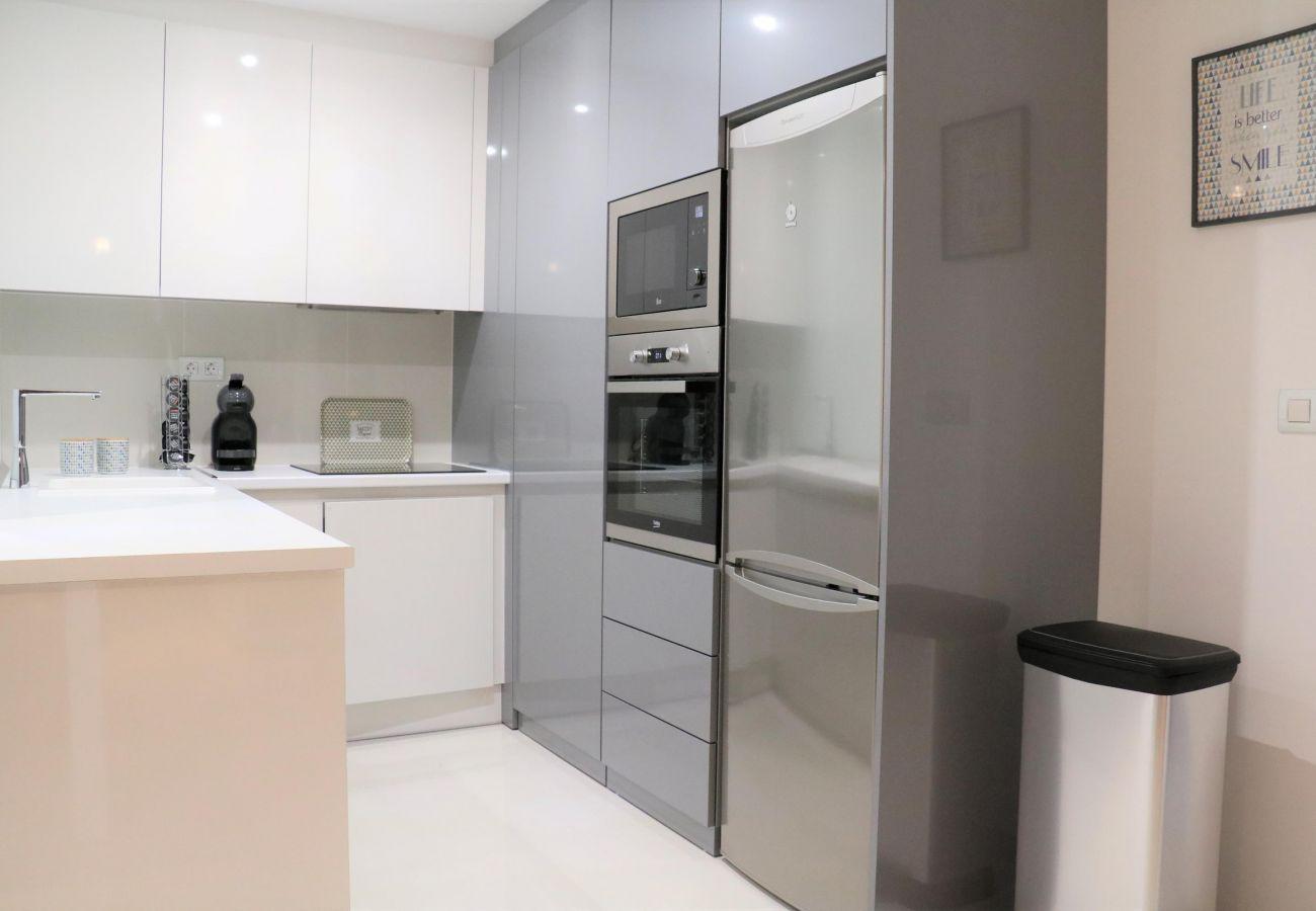 Zapholiday - 3022 - apartamento Mil Palmeras, Costa Blanca - cocina