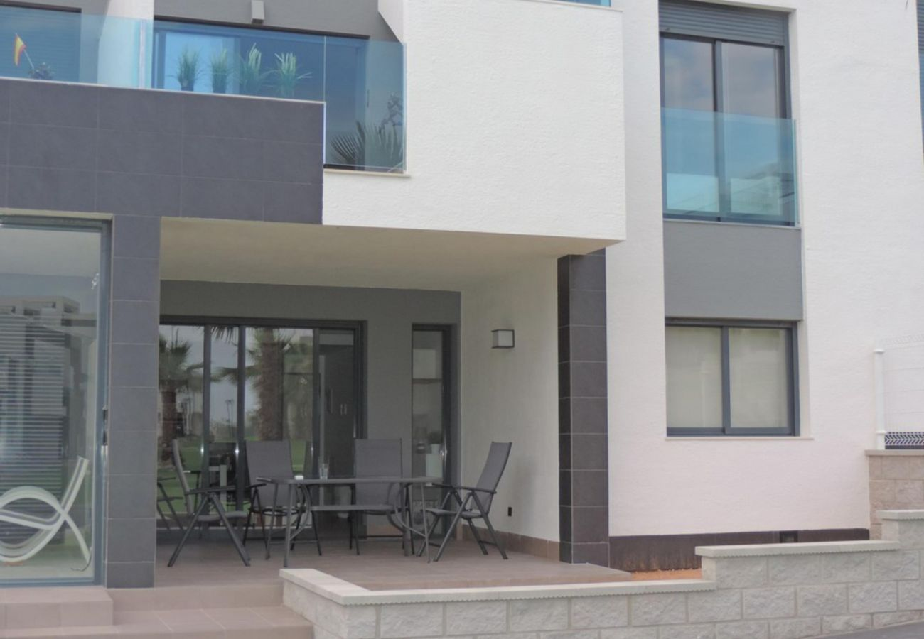Zapholiday - 3023 - apartamento Punta Prima, Costa Blanca - terraza