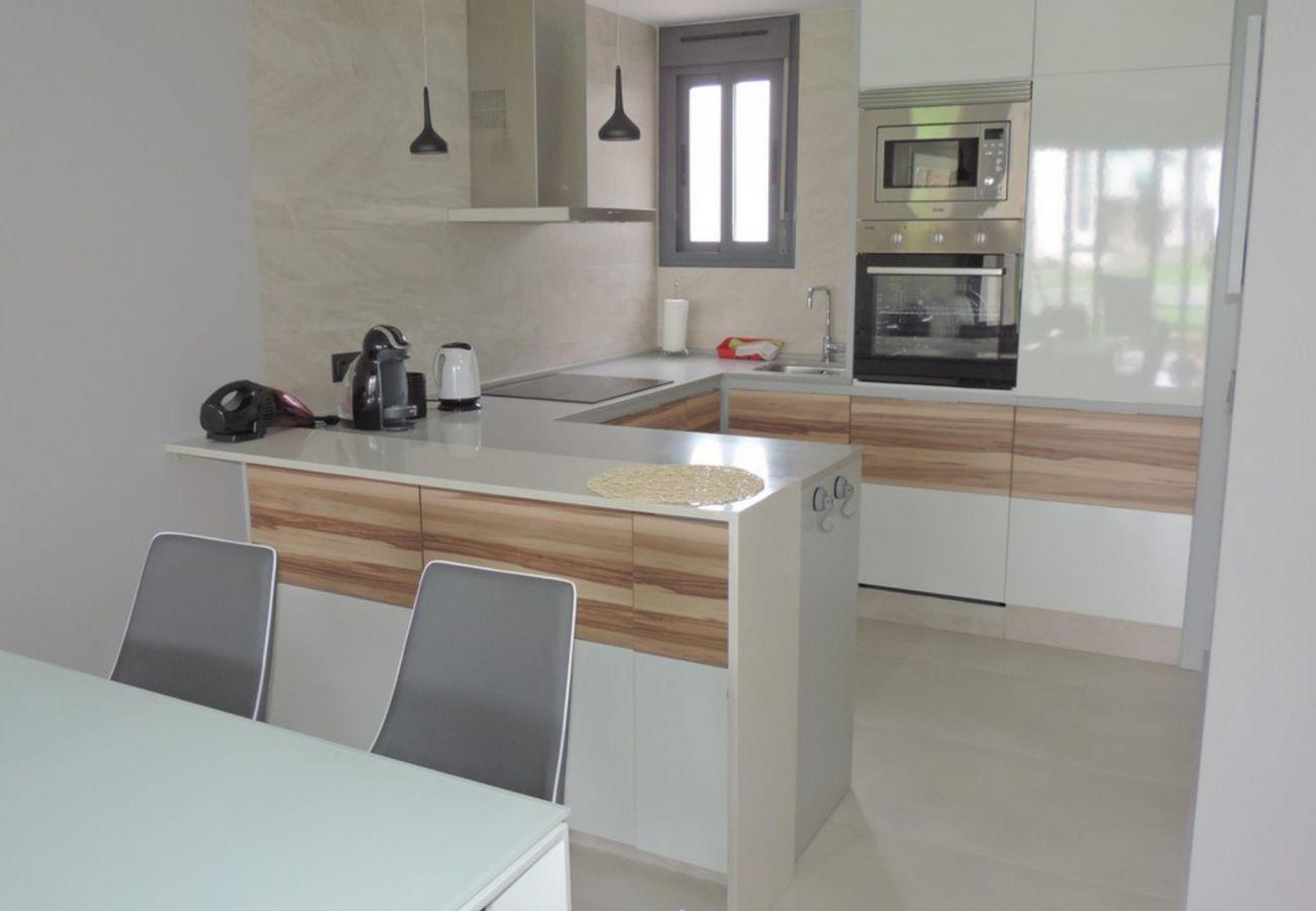 Zapholiday - 3023 - apartamento Punta Prima, Costa Blanca - cocina
