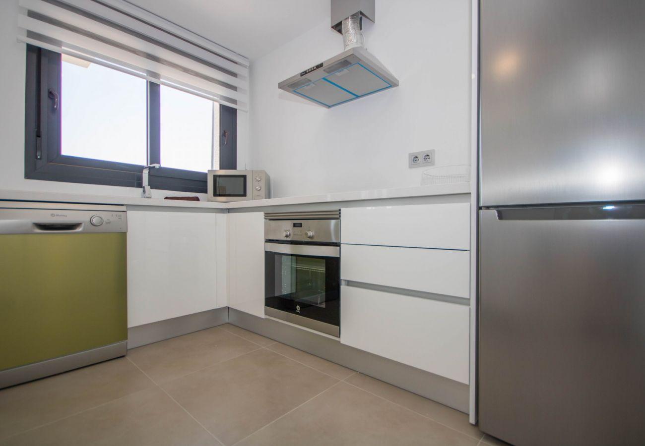 Zapholiday  –  3034  -  villa  Vistabella golf , Alicante  –   cocina