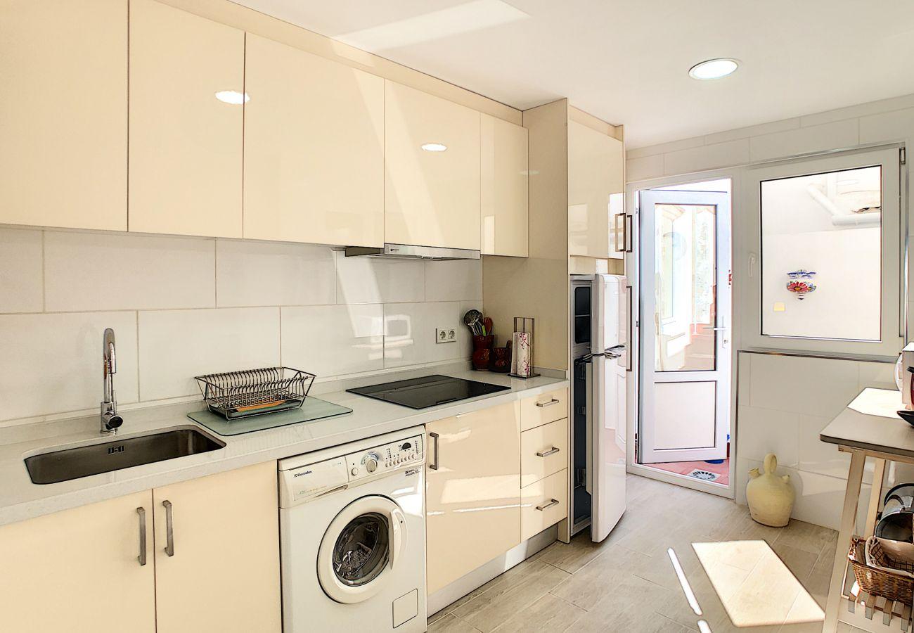 Zapholiday - 3046 - apartamento de alquiler Villamartin, Costa Blanca - cocina