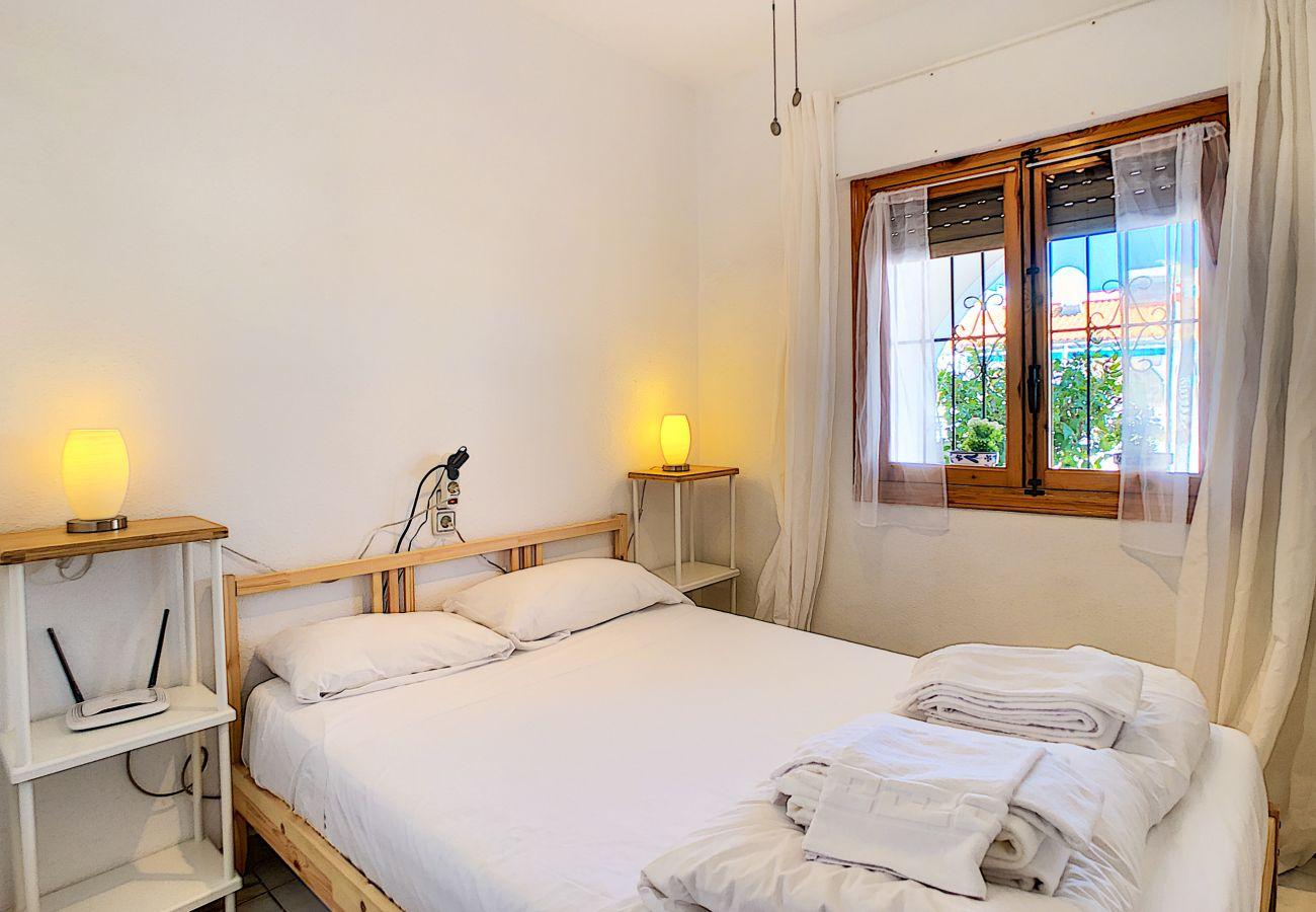 Zapholiday - 3046 - apartamento de alquiler Villamartin, Costa Blanca - dormitorio