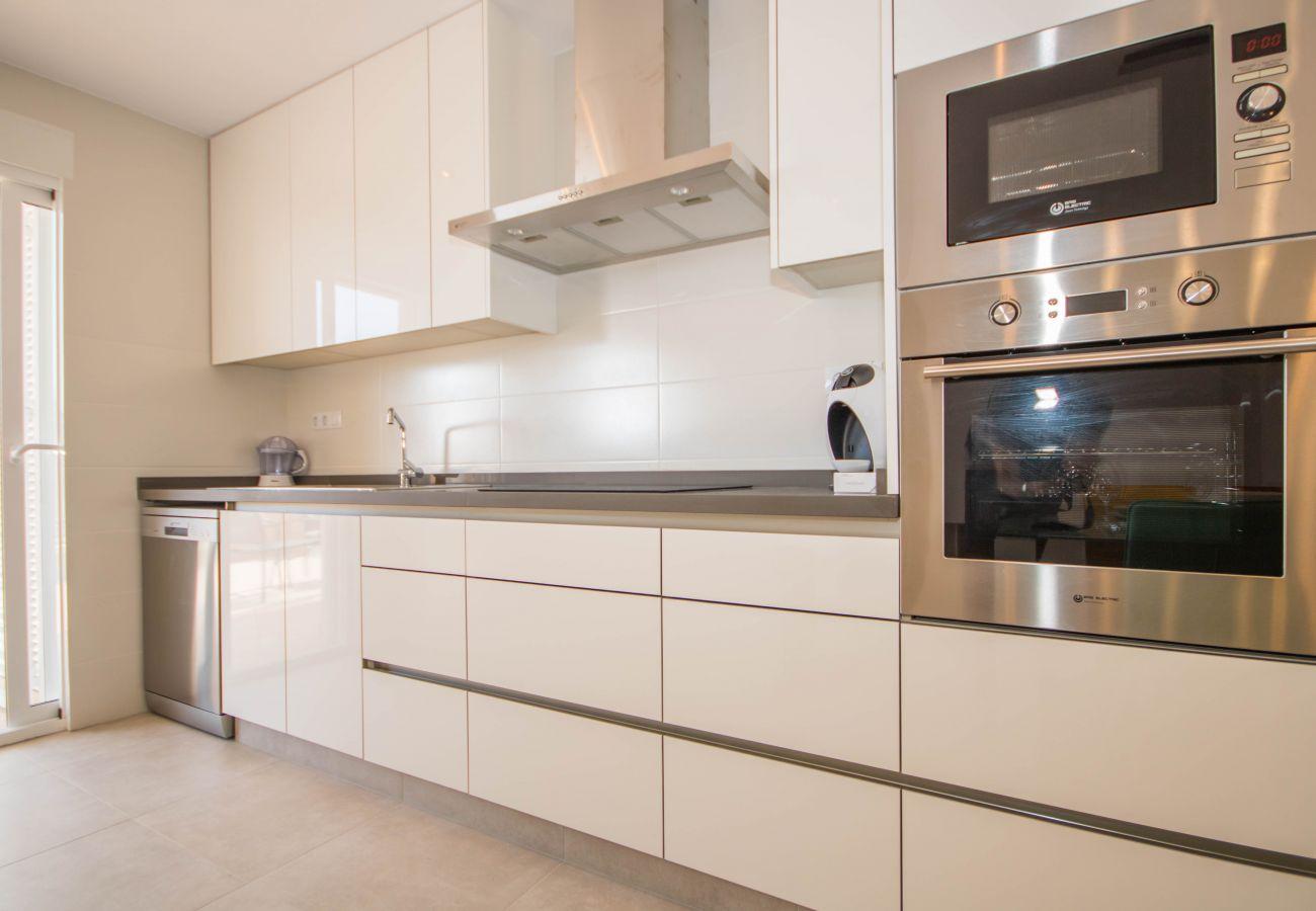 Zapholiday  –  3049  -  appartement Punta Prima, Costa Blanca  –  cocina