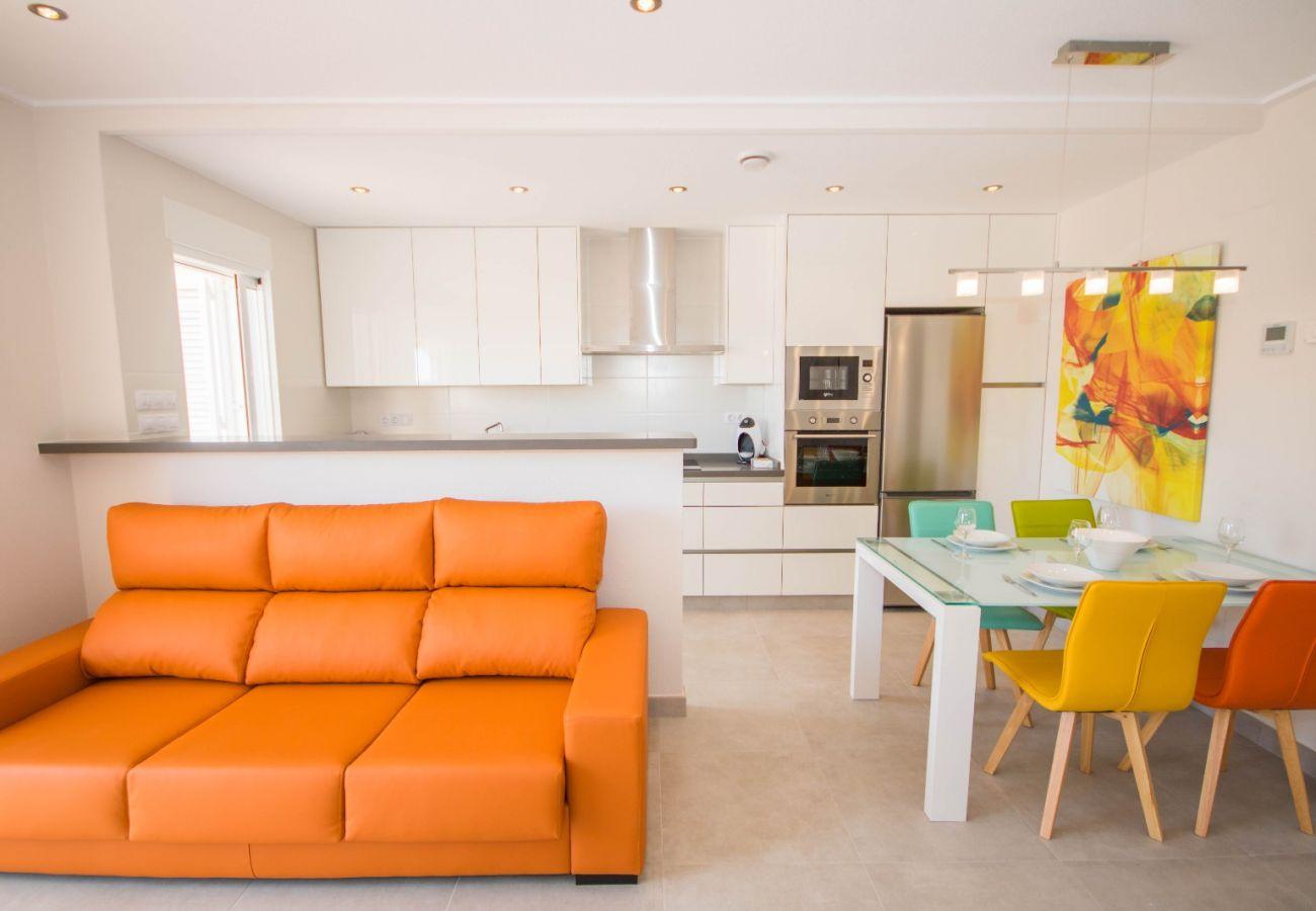 Zapholiday  –  3049  -  appartement Punta Prima, Costa Blanca  – salón