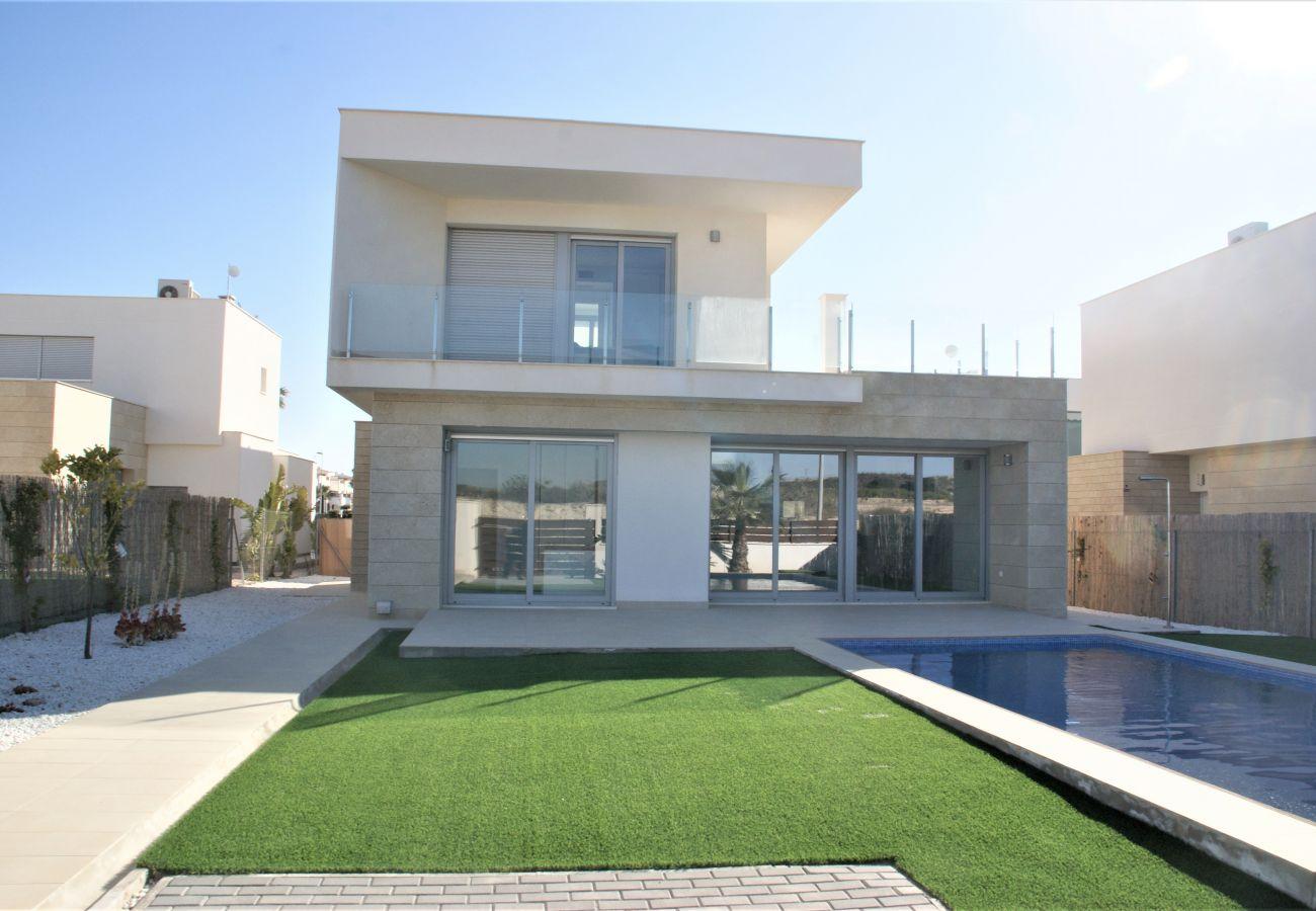 Villa en Orihuela - 3053 Vistabella- Malibu 3053
