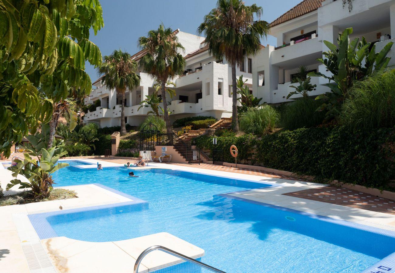 Zapholiday - 2290 - alquiler de apartamentos La Duquesa, Costa del Sol - piscina