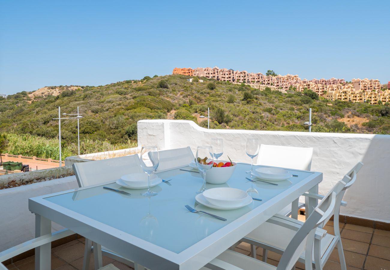 Zapholiday - 2290 - alquiler de apartamentos La Duquesa, Costa del Sol - terraza