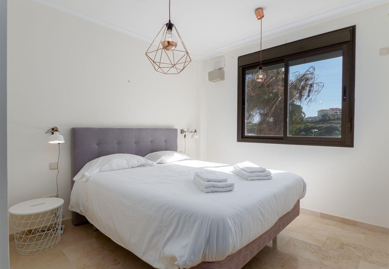 Zapholiday - 2297 - Apartamento Casares, Costa del Sol - dormitorio