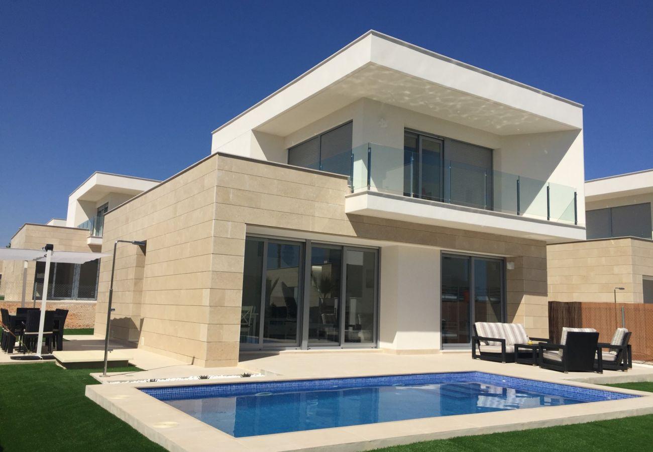 Zapholiday  –  3018 - villa Orihuela, Alicante  –  piscina