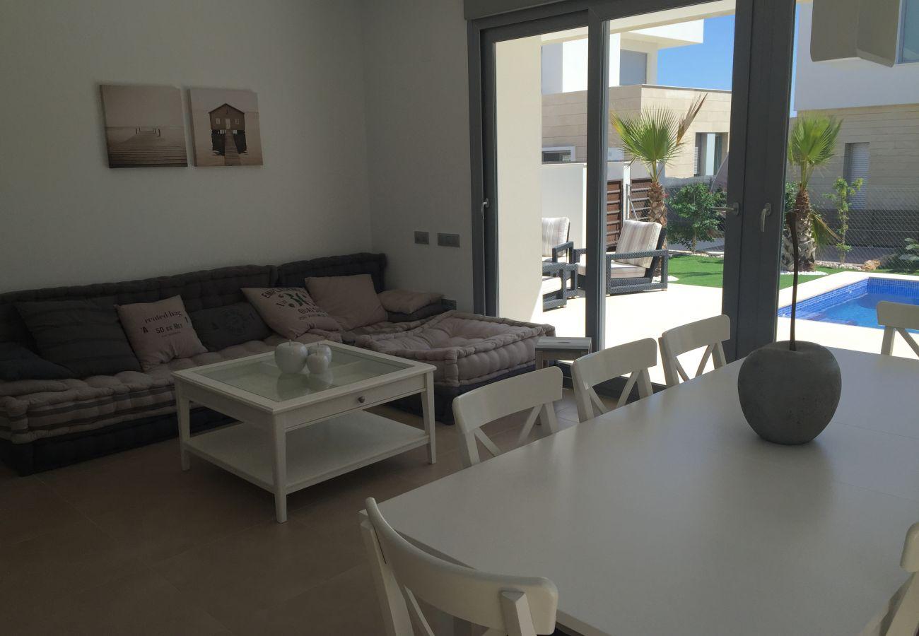 Zapholiday - 3018 - villa Orihuela, Alicante - salón
